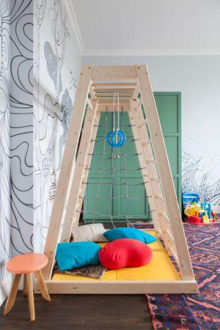儿童房绿色衣柜优乐娱乐官网欢迎您图片