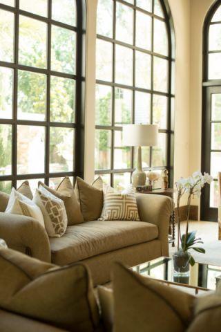 客厅飘窗地中海风格装饰效果图