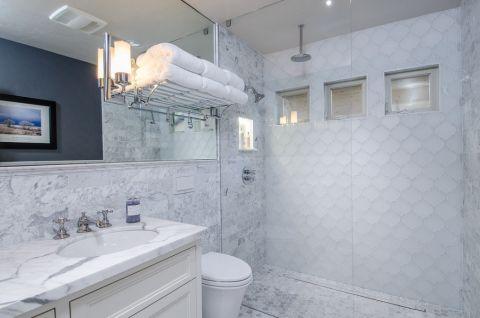 浴室背景墙美式风格装修设计图片