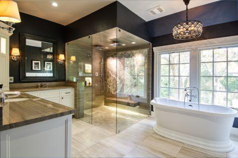 浴室浴缸美式风格装饰设计图片