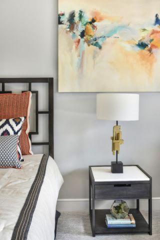 卧室床头柜现代风格装潢图片