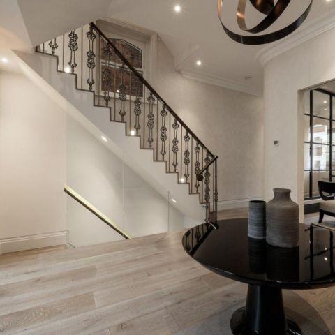 客厅走廊美式风格装饰图片