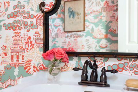 卫生间背景墙地中海风格装潢图片