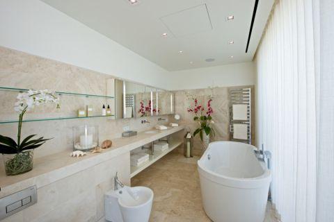 浴室地中海风格装饰效果图