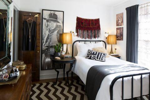 卧室黑色窗帘混搭风格装修设计图片