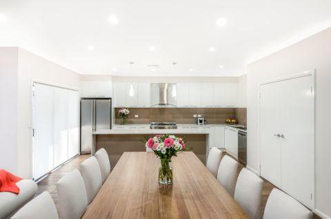 厨房推拉门现代风格装饰图片