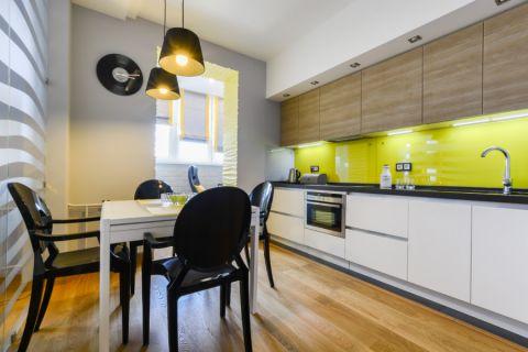 厨房餐桌现代风格装修设计图片