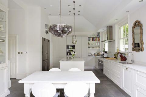 厨房餐桌现代风格装潢效果图