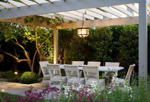 阳台餐桌美式风格装饰设计图片