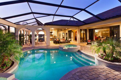 花园泳池地中海风格装潢设计图片