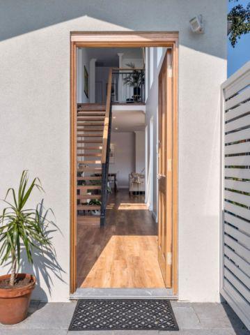 玄关地板砖现代风格装饰设计图片
