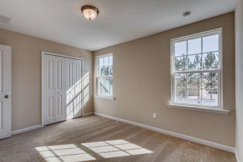卧室窗台美式风格装修图片