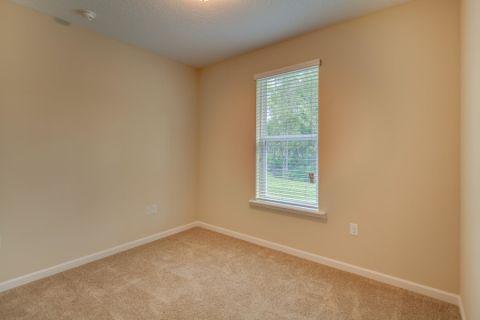 卧室地板砖美式风格装饰图片