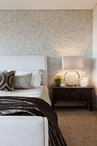 卧室床头柜北欧风格装修设计图片