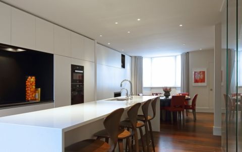 厨房吧台现代风格效果图