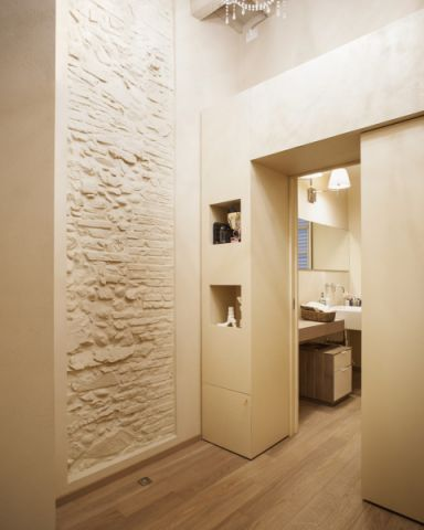 浴室走廊现代风格装饰图片