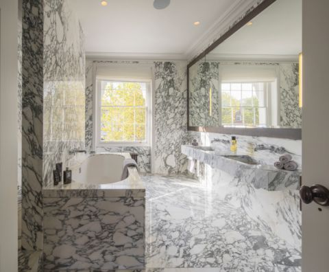 浴室浴缸现代风格装潢设计图片