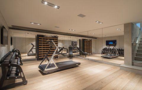 健身房走廊现代风格装潢效果图