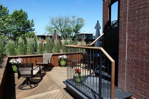 阳台楼梯现代风格装饰效果图