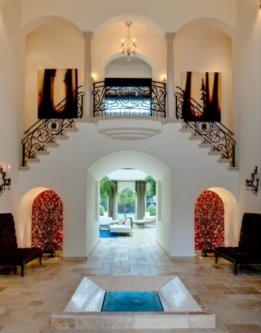 玄关楼梯地中海风格装潢效果图
