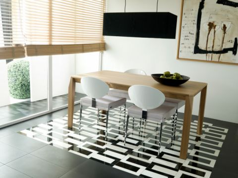 餐厅餐桌美式风格装潢图片
