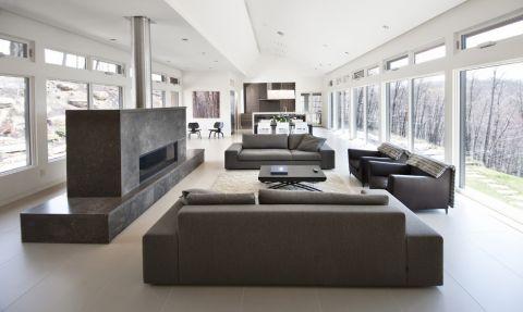 客厅落地窗现代风格装潢设计图片