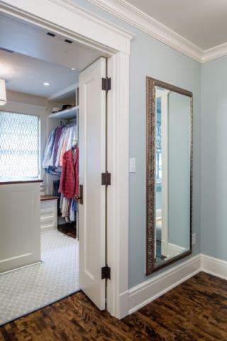 衣帽间走廊美式风格装修设计图片