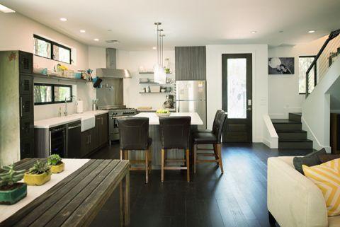 浴室现代风格效果图大全2017图片_土拨鼠个性富丽浴室现代风格装修设计效果图欣赏