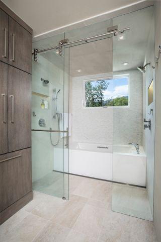 浴室现代风格效果图大全2017图片_土拨鼠美感创意浴室现代风格装修设计效果图欣赏