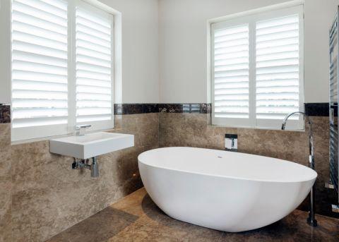 浴室窗帘现代风格装修设计图片