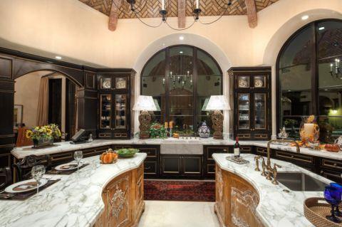 厨房橱柜地中海风格效果图
