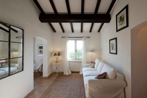 客厅照片墙地中海风格装潢效果图