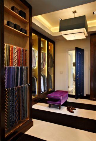 衣帽间衣柜美式风格装修设计图片