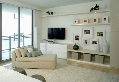 卧室照片墙现代风格装饰图片