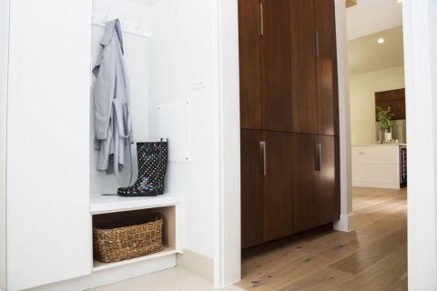 玄关地板砖北欧风格装潢效果图