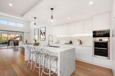 厨房现代风格效果图大全2017图片_土拨鼠温暖富丽厨房现代风格装修设计效果图欣赏