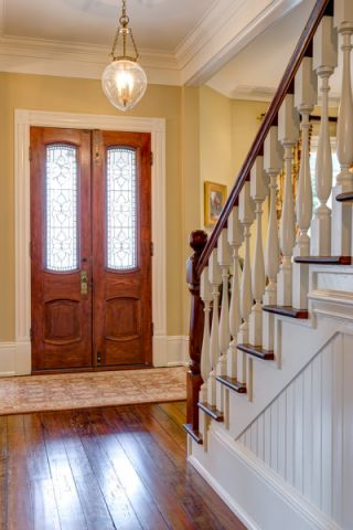玄关吊顶美式风格装潢图片