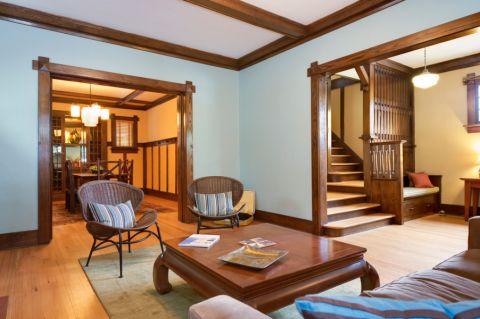 客厅茶几混搭风格装修设计图片