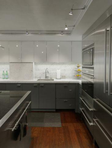 厨房橱柜现代风格装饰设计图片