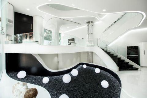 客厅楼梯混搭风格装修图片