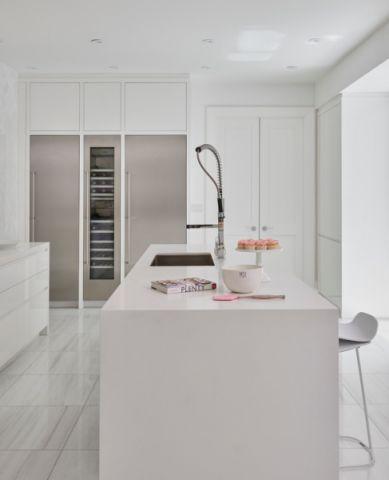 厨房厨房岛台混搭风格装潢设计图片
