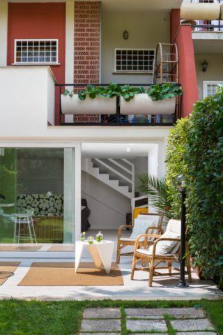 阳台地板砖北欧风格装修图片