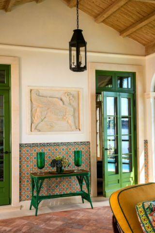 客厅吊顶地中海风格装修效果图