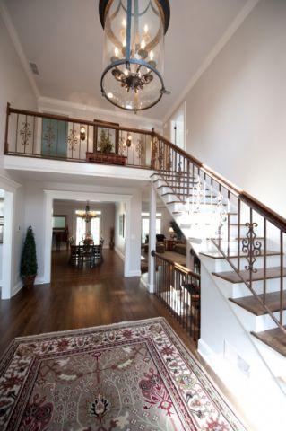 玄关楼梯美式风格装饰图片