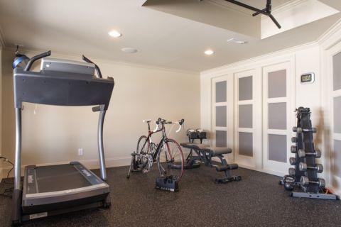 健身房背景墙现代风格装潢图片