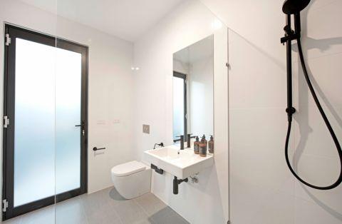 浴室现代风格效果图大全2017图片_土拨鼠潮流休闲浴室现代风格装修设计效果图欣赏