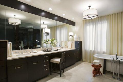 浴室窗帘现代风格装饰设计图片