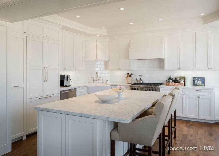 2021美式300平米以上装修效果图片 2021美式三居室装修设计图片