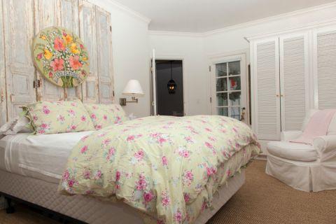 卧室床美式风格装饰设计图片