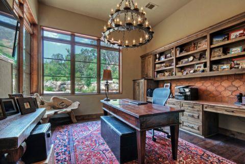 书房书桌地中海风格装潢效果图